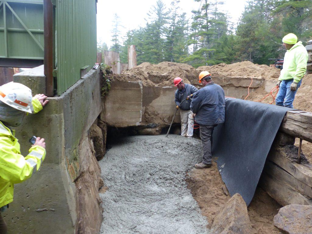 concrete fill abutment down stream cut-off
